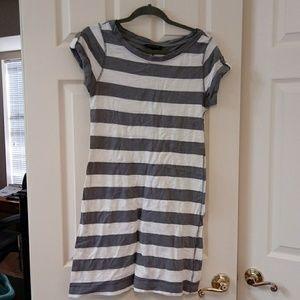 Grey and white stripes t-shirt dress